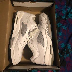 Air Jordan 5s 7Y
